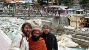 tempio-dei-gangotri-con-gli-amici